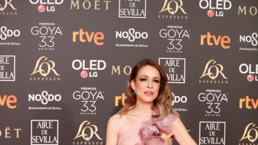 Los vestidos y 'looks' más elegantes de la alfombra roja de los Goya