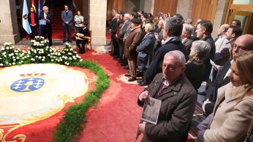 El Parlamento homenajea a los 193 gallegos deportados a campos de concentración nazis