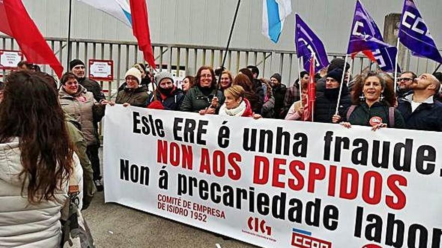 """La Xunta apela a """"no dar por perdida"""" la pesquera coruñesa Isidro 1952"""