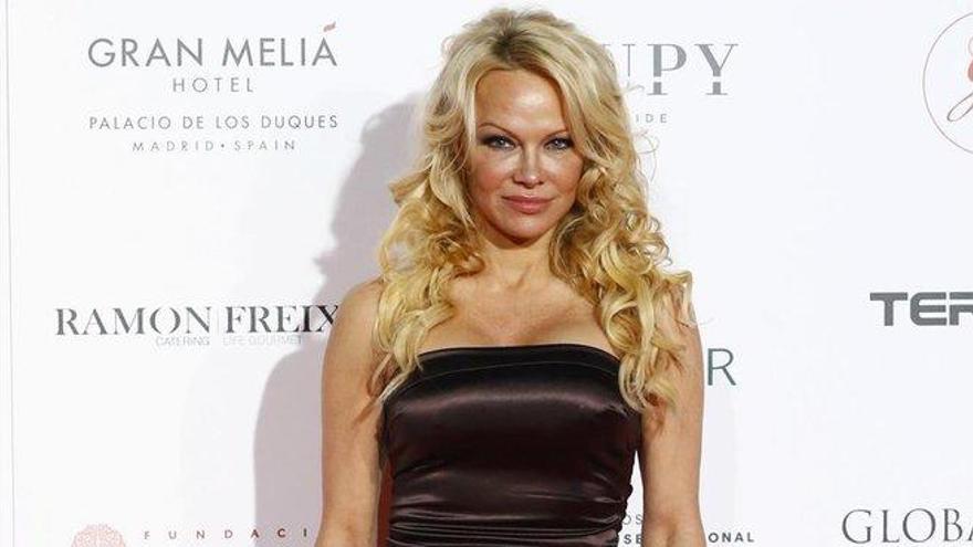 Pamela Anderson: una esposa a la fuga
