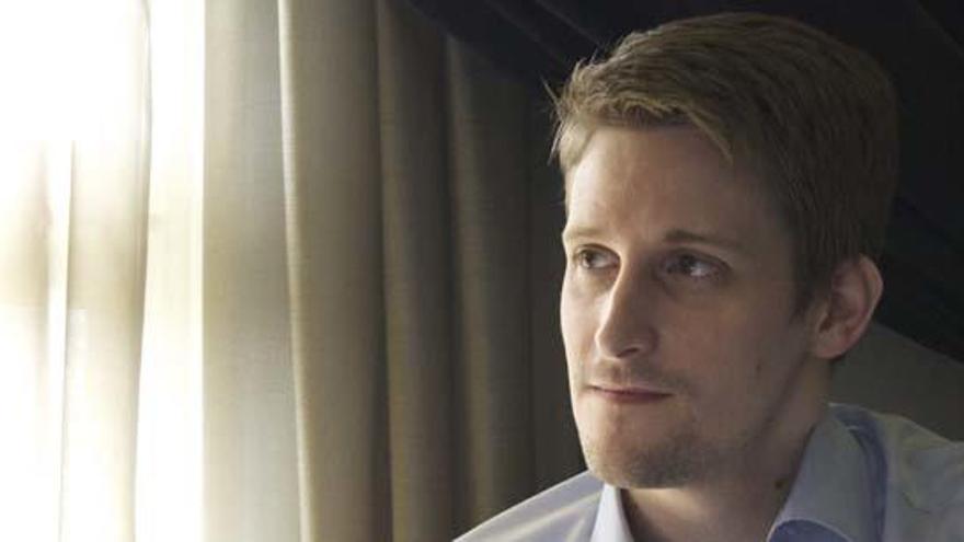 Rusia descarta entregar a Edward Snowden a EEUU
