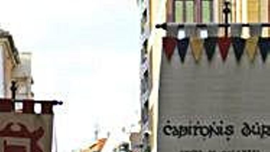 El gigante de Pedro Arias recorre por primera vez las calles de la ciudad con Capitonis Durii