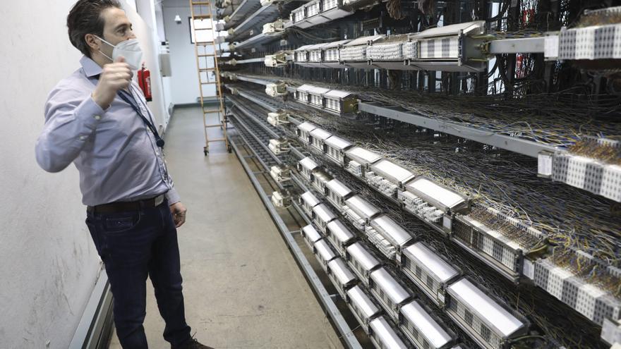 VÍDEO: Así es la última central telefónica de Avilés