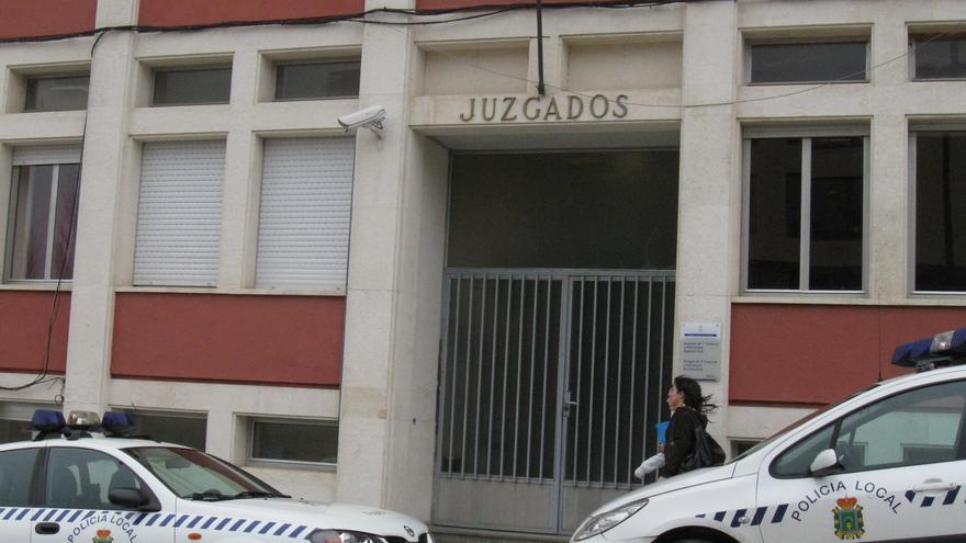 Ratifican la condena para un vecino de Lieres que se apropió de 110.000 euros de dos jubilados que cuidaba