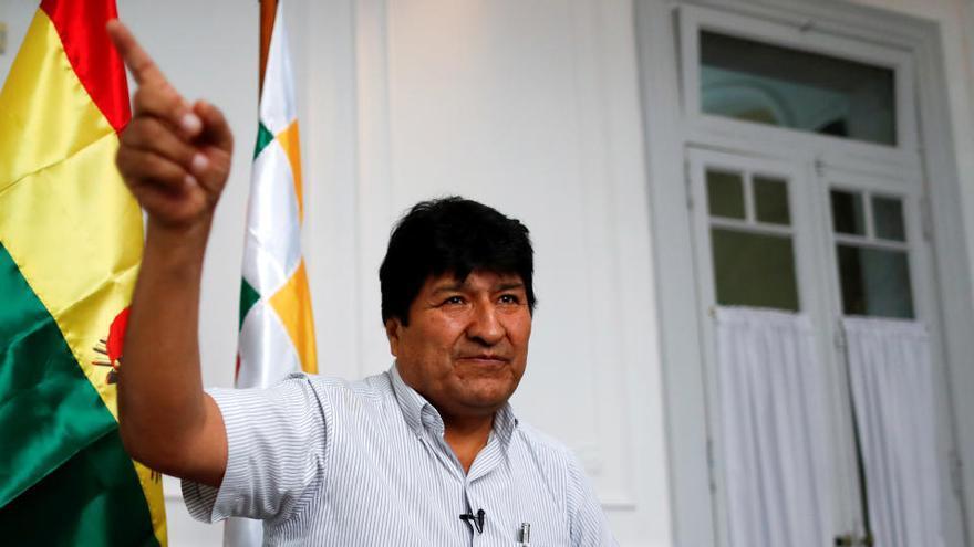 El Gobierno de Bolivia acusa a Evo Morales de dejar embarazada a una menor