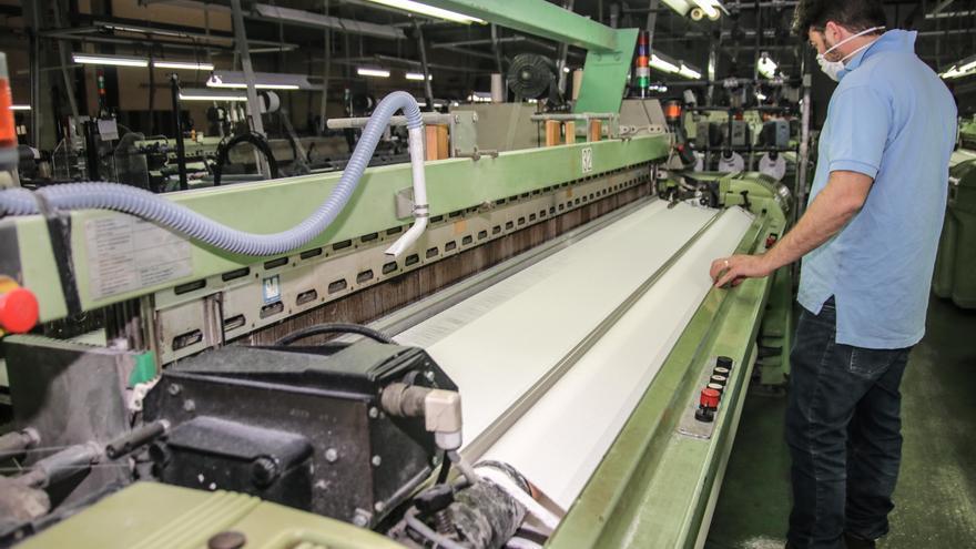 Preacuerdo para el nuevo convenio del textil que beneficiará a 10.000 trabajadores en la provincia