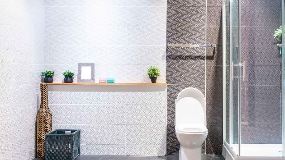 Cómo limpiar el baño con el producto que arrasa en ventas