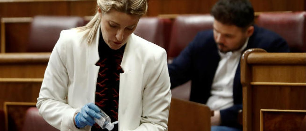 Descontaminándose en el Congreso.