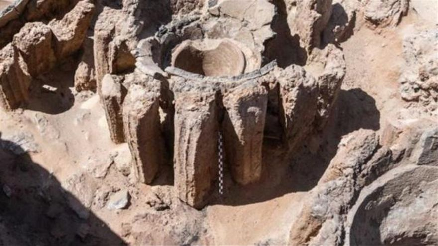 Hallan restos de una fábrica de cerveza de hace 5.000 años excavada en Egipto