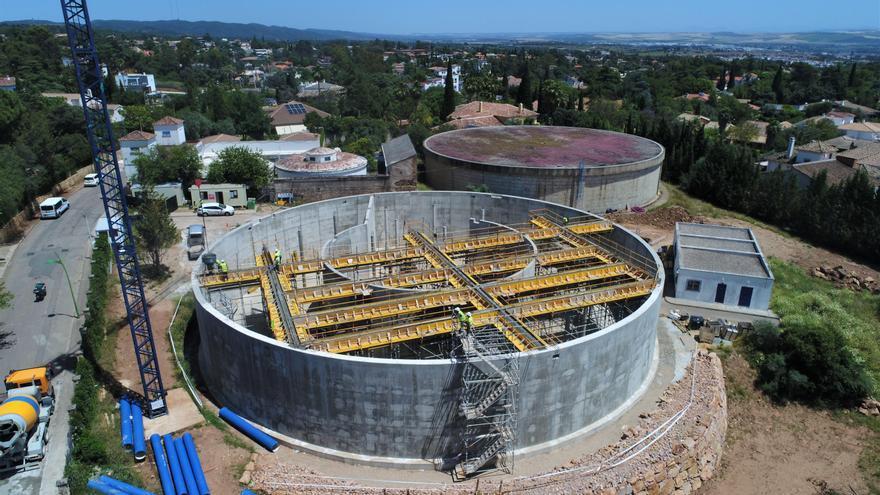 Las obras del nuevo depósito que abastecerá a la zona baja del Brillante y el Distrito Norte están a un 60% de ejecución