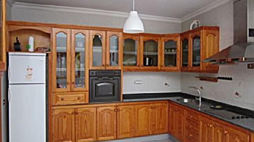 750 € Alquiler de piso en Arguineguín (Mogán) 83 m2, 3 habitaciones, 1 baño, 1 aseo, 9 €/m2, 1 Planta...
