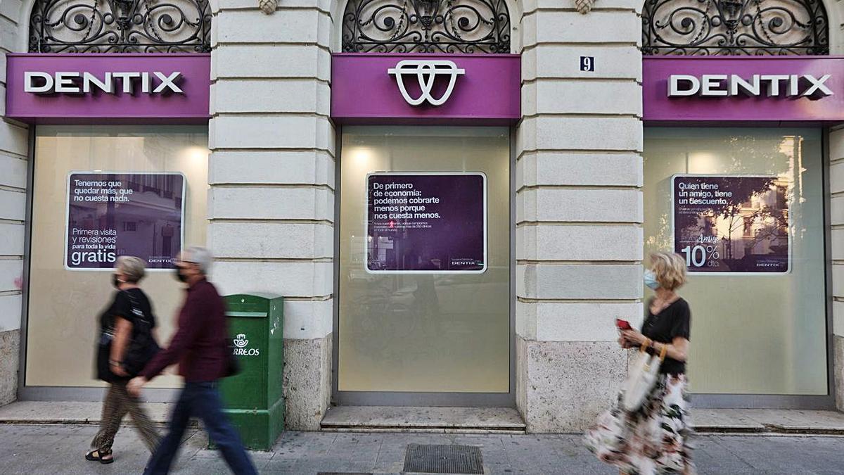 Una de las clínicas que Dentix tiene en la ciudad de València.