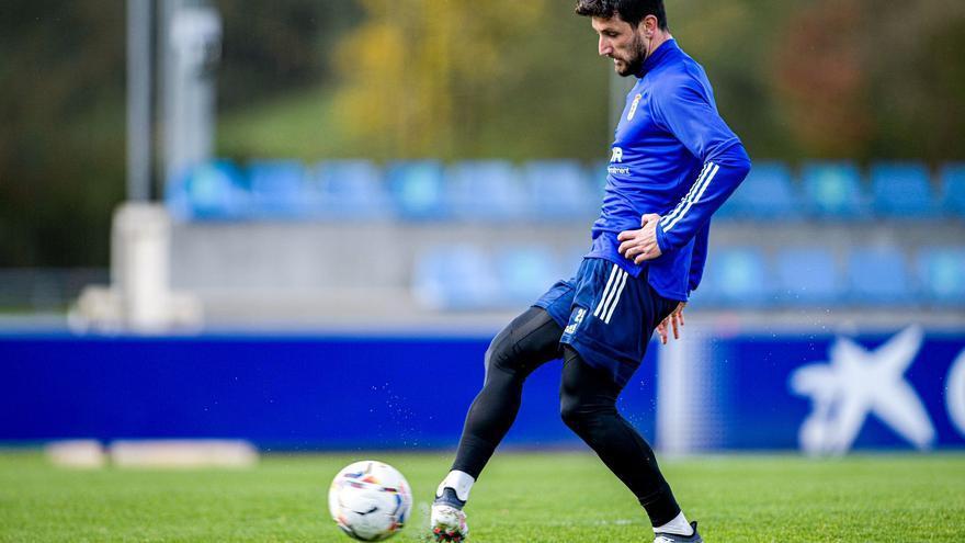 El Oviedo vuelve al trabajo tras ganar al Zaragoza y ya piensa en el Espanyol