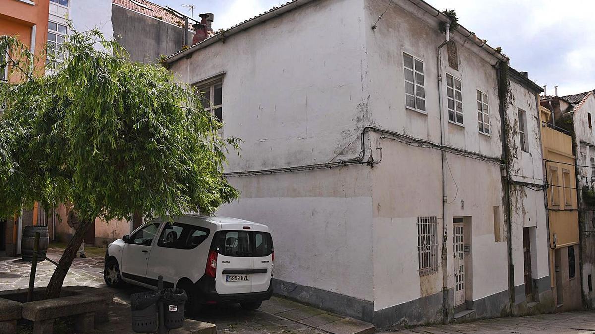 El edificio 4 de la Calle Sinagoga, en la Ciudad Vieja.   | // CARLOS PARDELLAS
