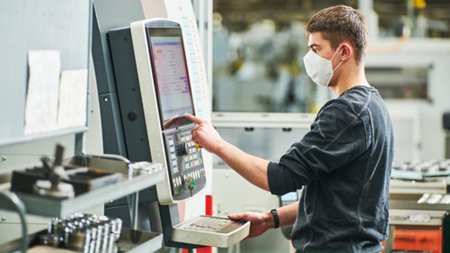 Ofertas de empleo en A Coruña para ingenieros, comerciales, administrativos, operarios y albañiles
