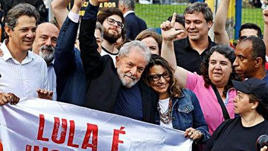 Lula queda en libertad por orden judicial tras un controvertido fallo del Supremo