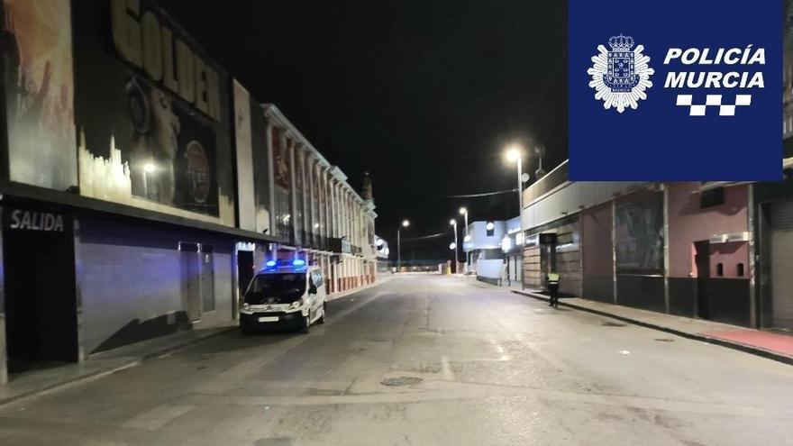 Desalojan dos fiestas con casi 200 personas en la zona de Atalayas y de Mariano Rojas