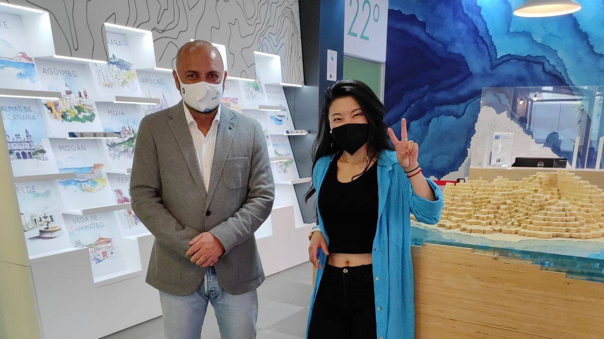 Jiaping, the contestant of Masterchef 9, on her visit to Gran Canaria.