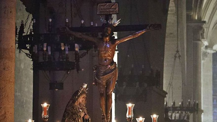 Vía crucis en la Expiración