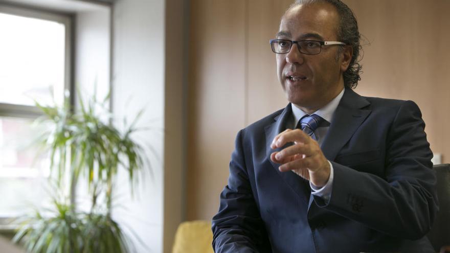 El exconsejero Jesús Morera, nuevo gerente del Hospital Doctor Negrín