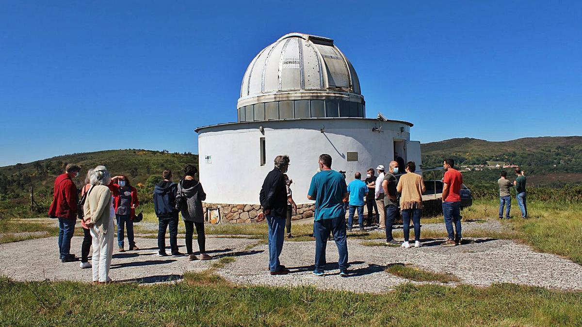 Escala en el Observatorio Astronómico, donde preocupa el impacto lumínico de As Penizas.