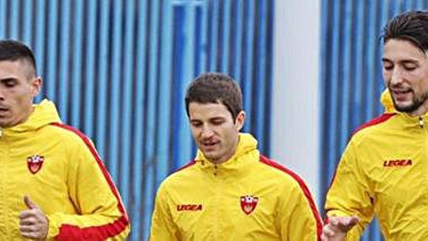 Djuka, convocado con la selección de Montenegro si no juega el play-off.