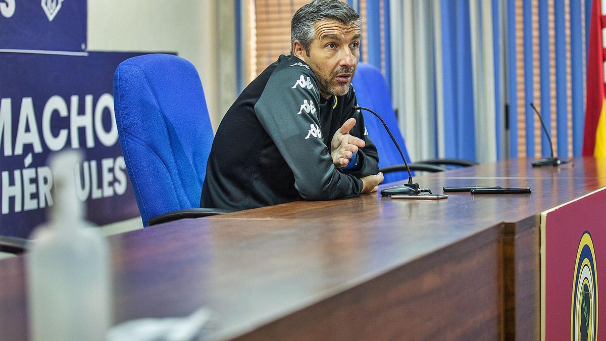 David Cubillo, en la sala de prensa