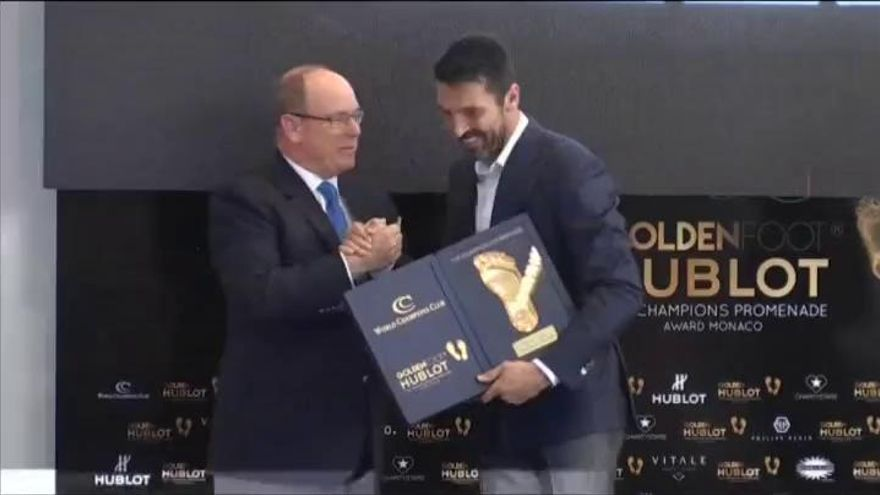 Gianluigi Buffon, primer portero en ganar el 'Golden Foot'