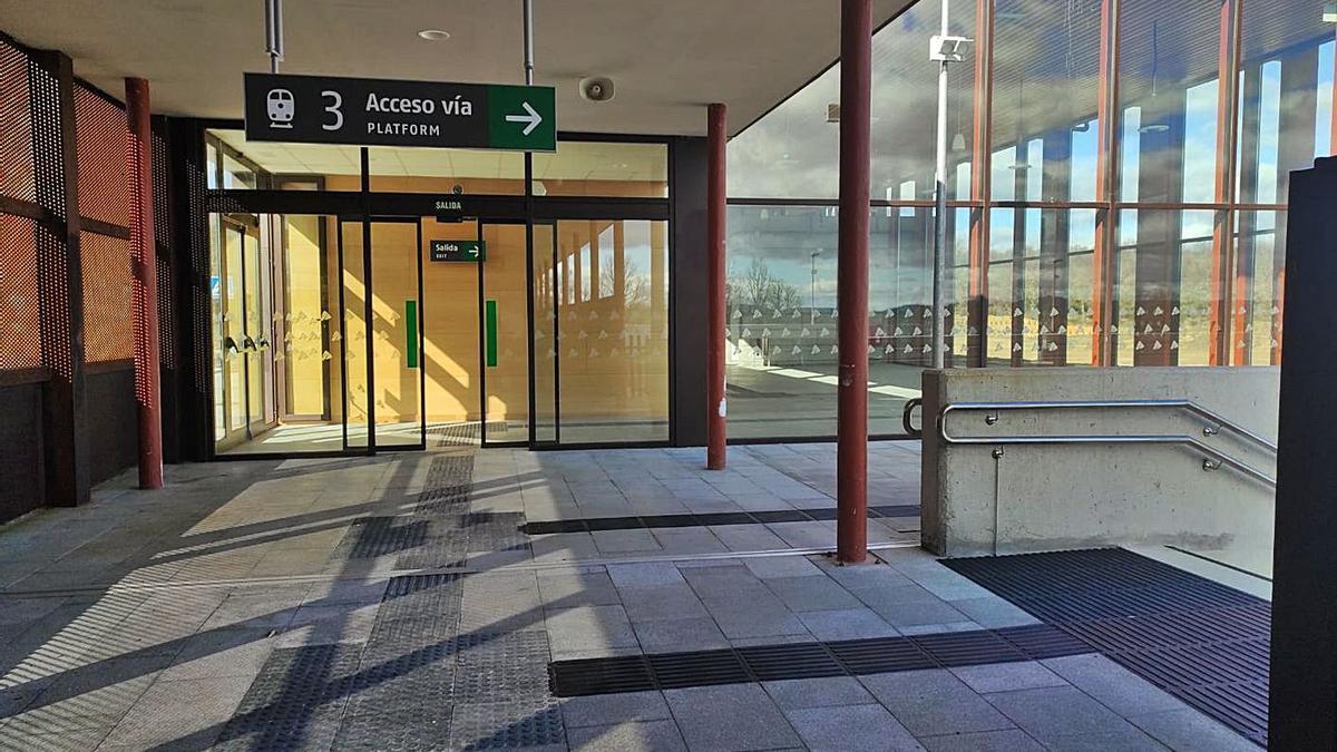 Estación de alta velocidad Sanabria AV, en Otero, que se abrirá a primeros de julio.