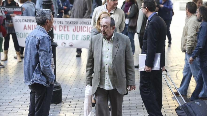 La Audiencia Provincial confirma la condena de Montes Estrada (IU) por calumniar a Teresa Sánchez