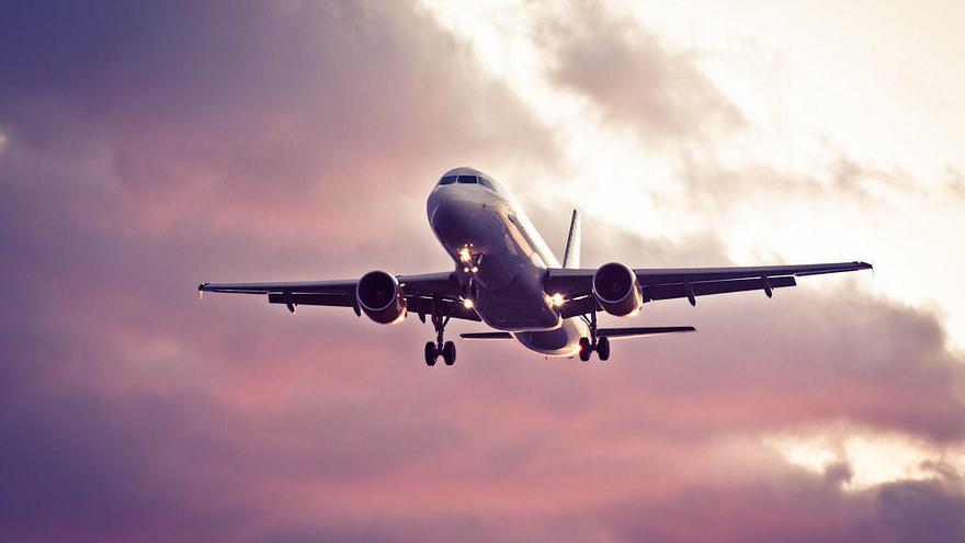 Abren dos nuevas rutas de vuelos baratos que conectan València con Berlín y Basilea