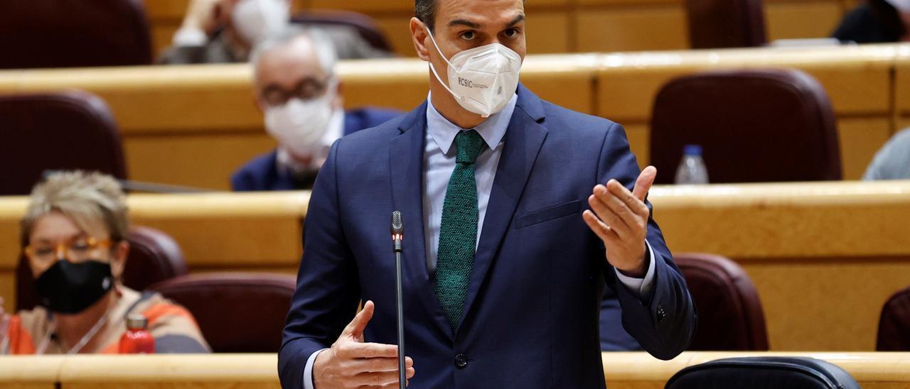 Pedro Sánchez se somete al control del Senado.