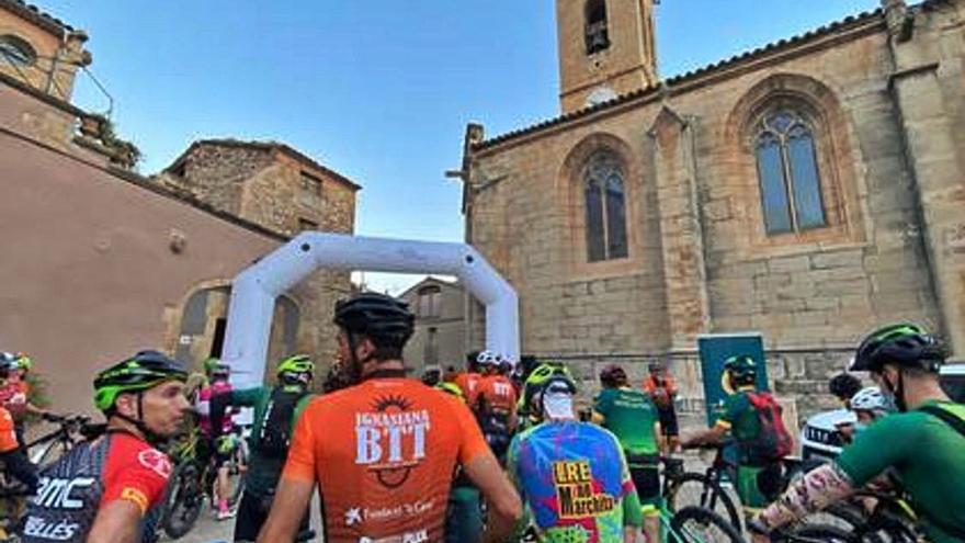 Més d'un centenar de ciclistes participen en la primera edició de la Ignasiana BTT de Verdú a Manresa