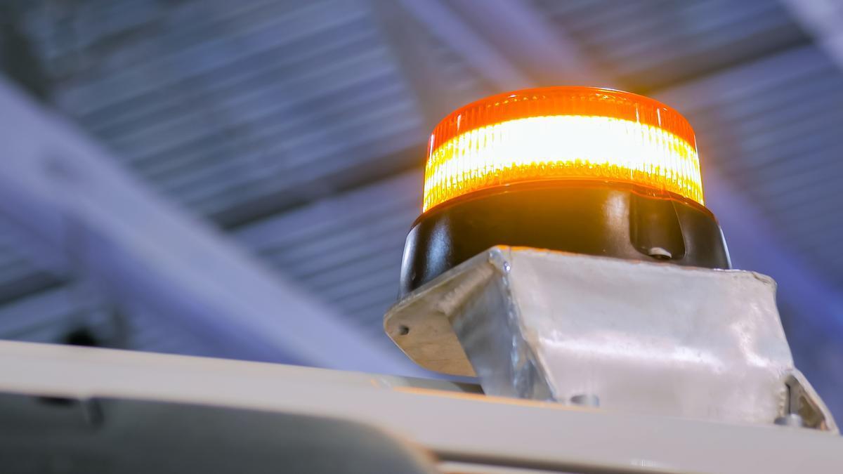 Una luz de emergencia en un vehículo.