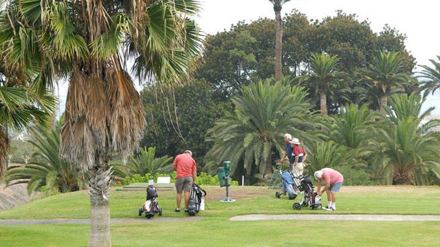 Las Palmeras Golf reclama a la ciudad 4,1 millones por devolver el campo