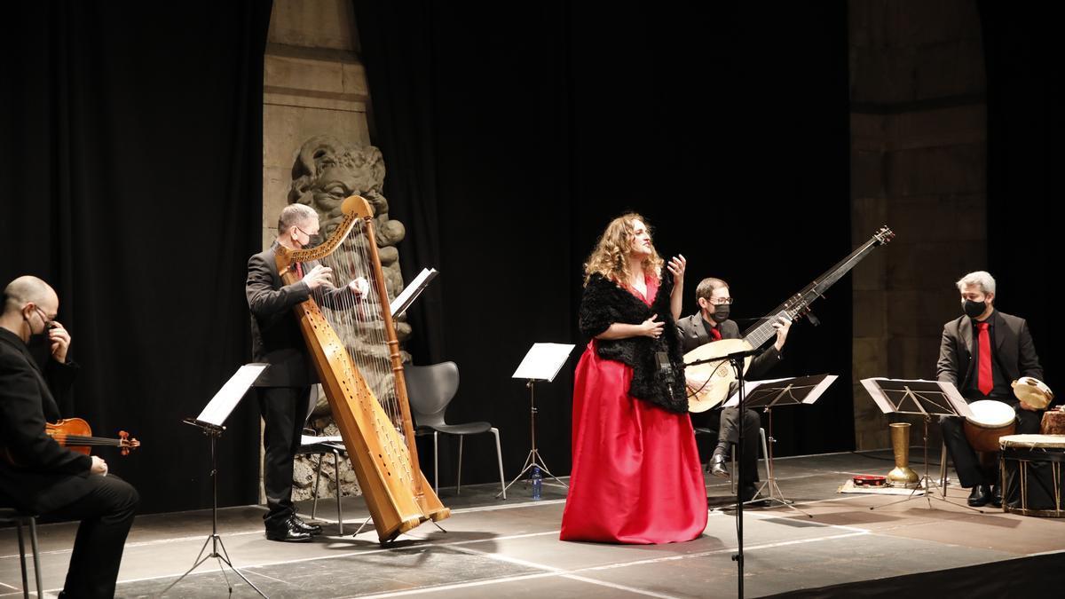 Una actuación de música antigua en el Antiguo Instituto.