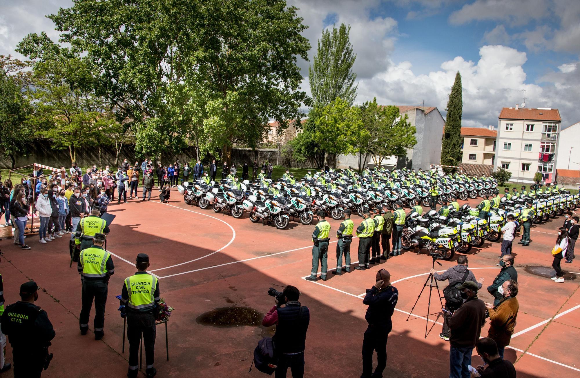 GALERÍA | Homenaje de la Guardia Civil a sus dos compañeros fallecidos en Ciudad Rodrigo