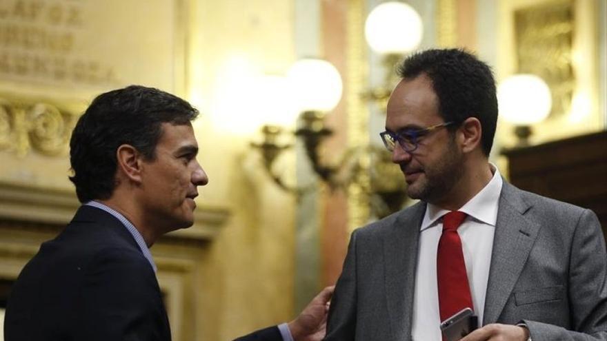 Sánchez recupera a Antonio Hernando como adjunto al jefe de gabinete del Gobierno