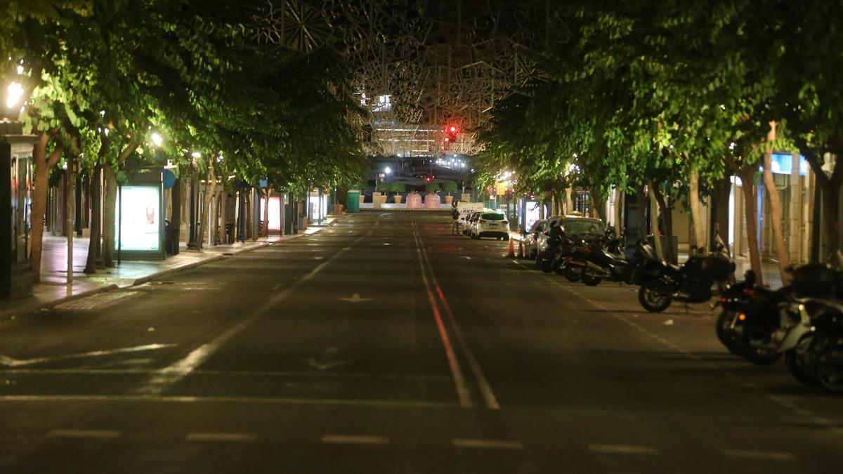 Las calles vacías durante el primer toque de queda.