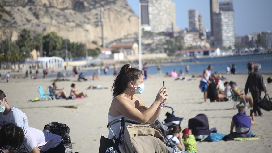 """""""España, ¿estás bien?"""": Un meteorólogo escocés alucina con la situación en Alicante"""