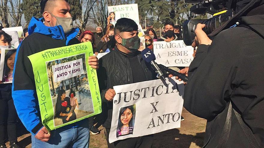 La família de l'assassinada a Sant Vicenç no sap quan es retrobarà amb la filla
