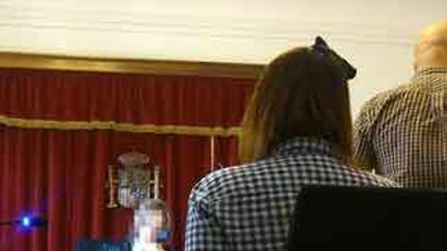 Los ingresos por copas justifican la relación de una prostituta con un club de alterne