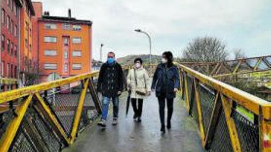 """El PP califica de """"parche"""" la reforma de la pasarela de El Carbayu y pide que se cambie"""