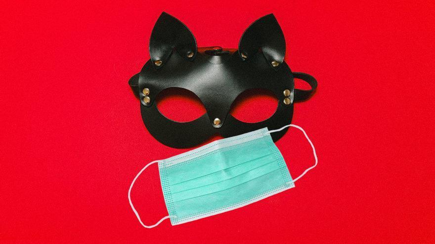 Sexo, solteros y mascarillas: la otra fiebre de la pandemia