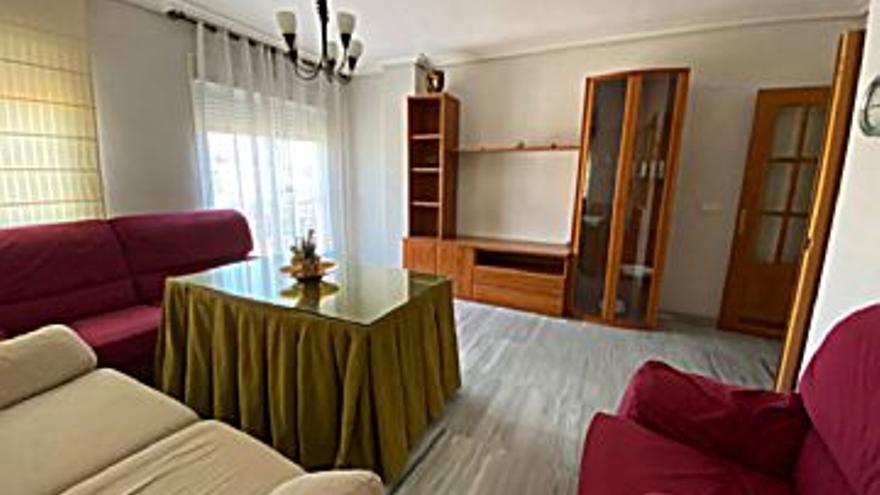 137.000 € Venta de piso en Ciudad Jardín, Vistalegre, Zoco (Córdoba Capital) 82 m2, 2 habitaciones, 2 baños, 1.671 €/m2, 5 Planta...