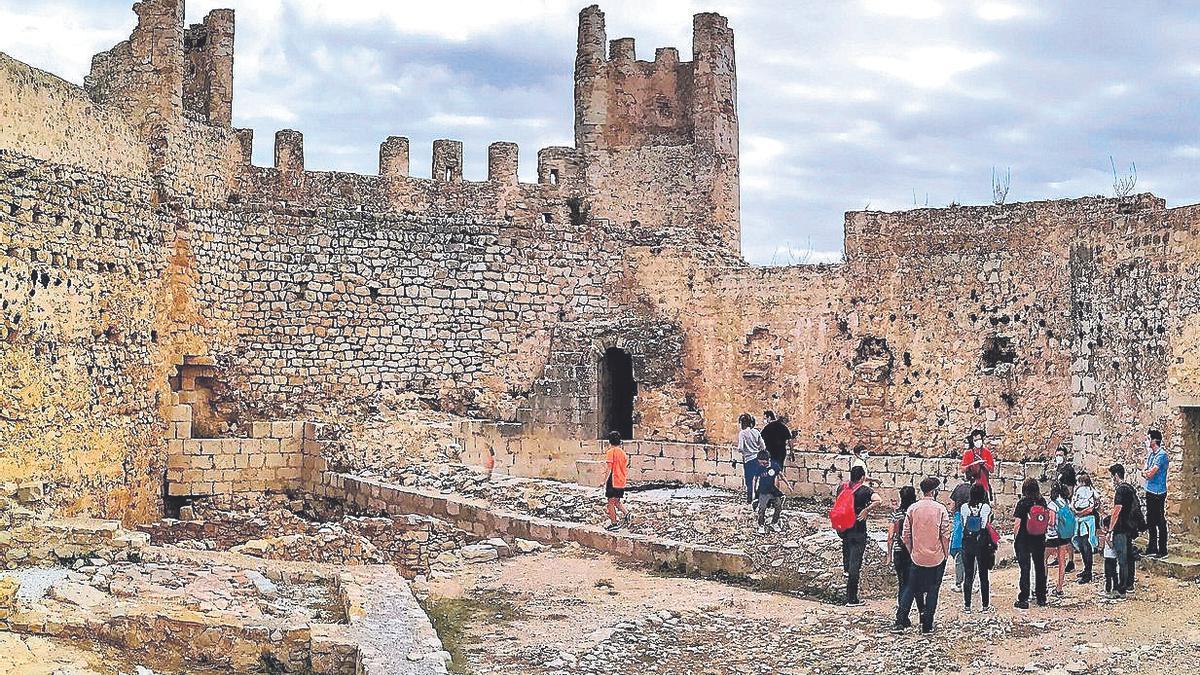 Alcalà-Alcossebre exhibe la Serra d'Irta y el castillo