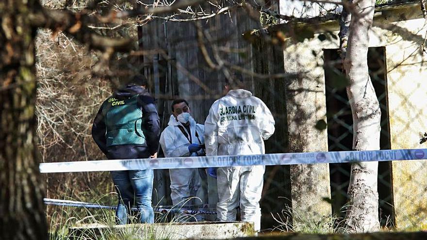 El cadáver hallado en el pozo de Porriño tenía en el bolsillo monedas portuguesas