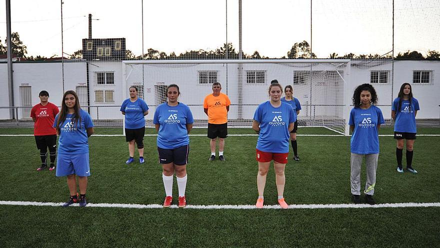 Arranca el equipo femenino de fútbol 11 del Unión Deportiva A Estrada
