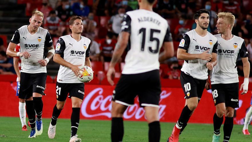 El Valencia logra 'in extremis' el empate ante el Granada