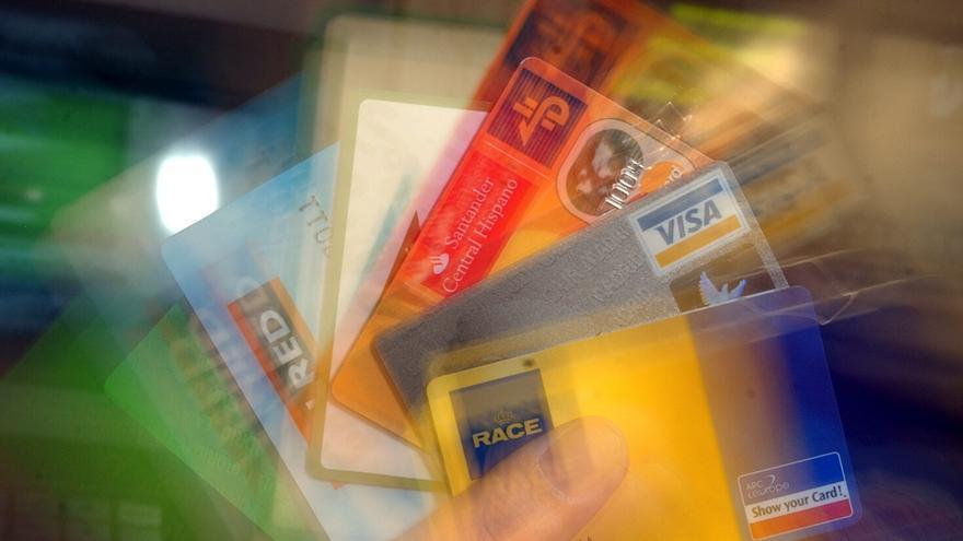 """Lo que Asturias carga en las tarjetas bancarias públicas: 172.000 euros con """"cumplimiento favorable"""""""